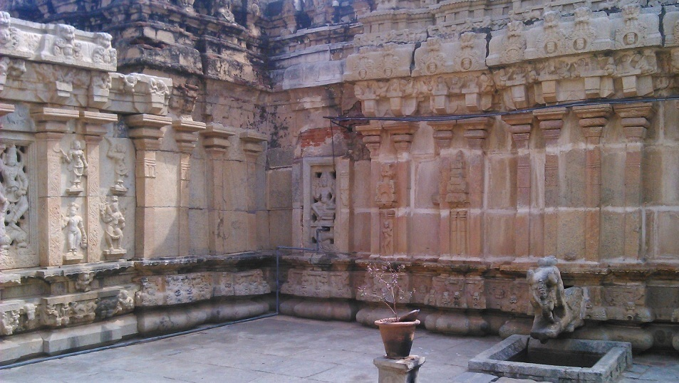 Bhoga Nandeeshwara temple Nandi Hills