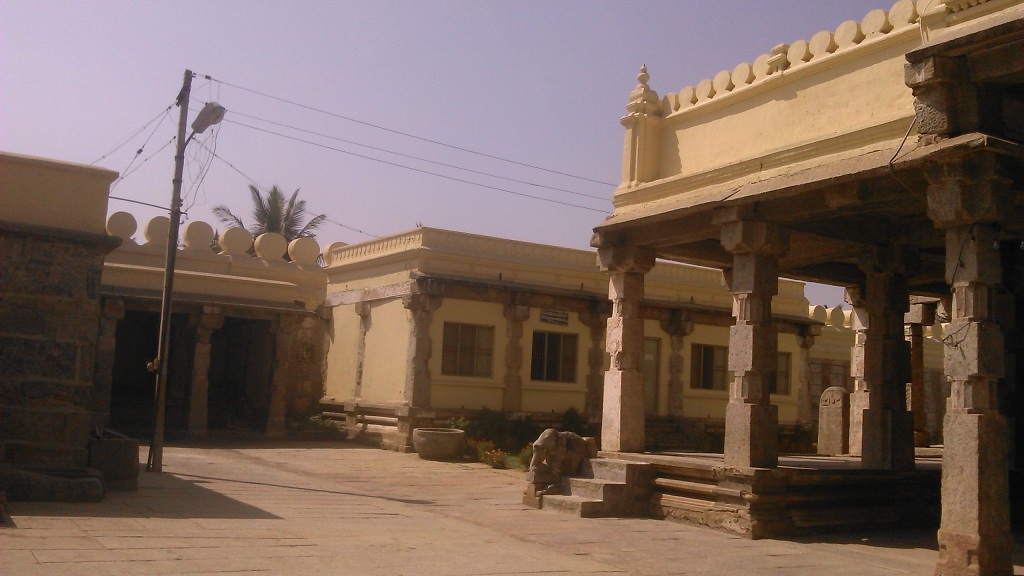 srirangpatna-temple-premises