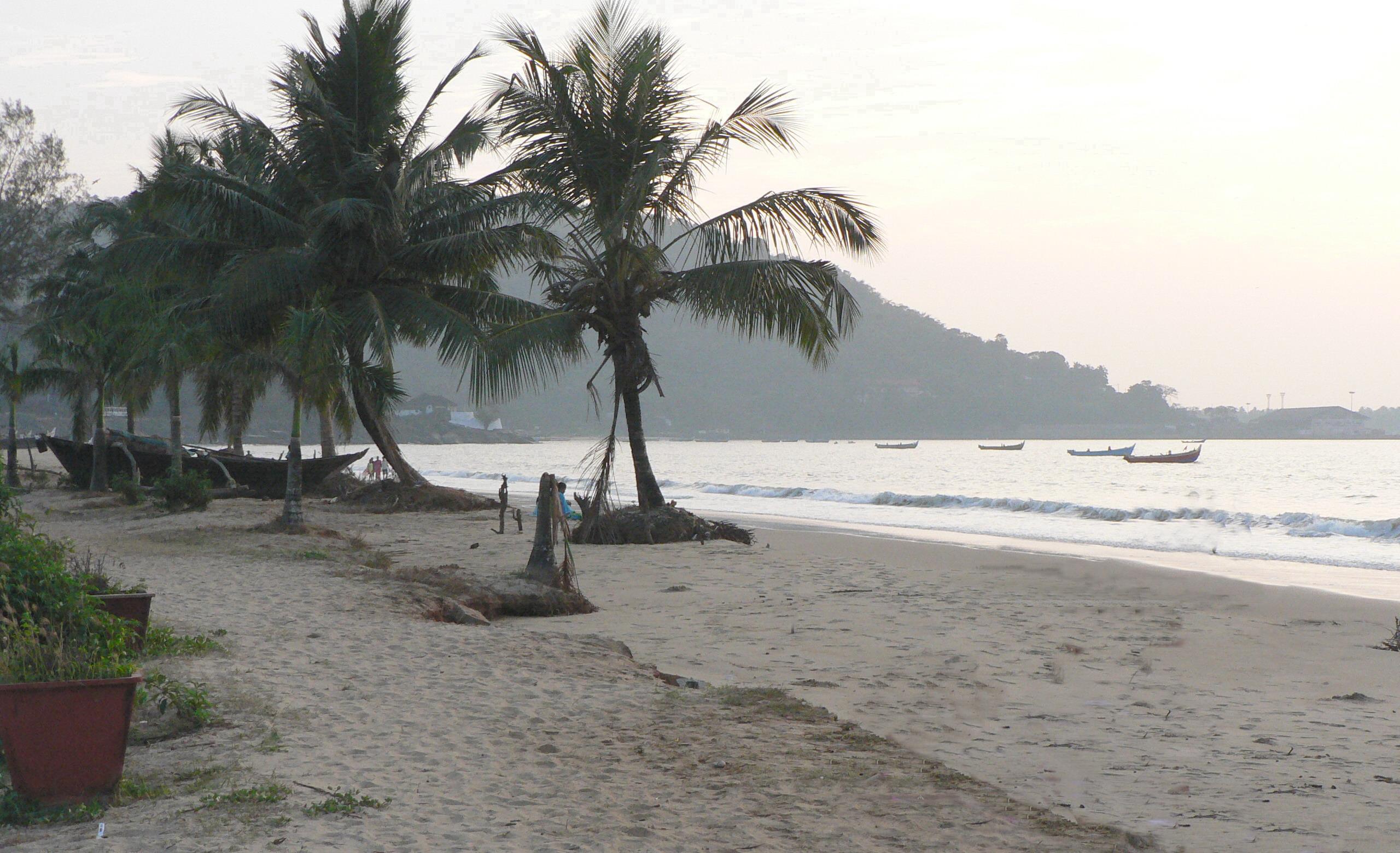 Karwar Beach,  Karwar, Karnataka