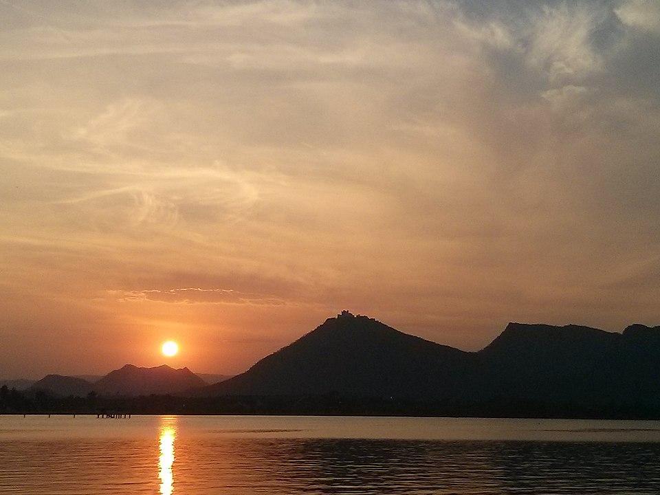 Fateh Sagar Lake - Udaipur Tourism