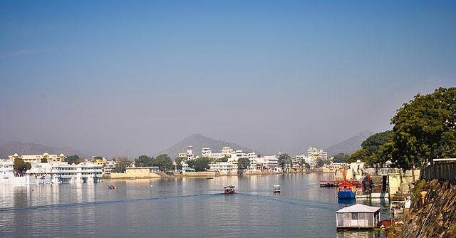 Udaipur Tourism - Lake Pichola